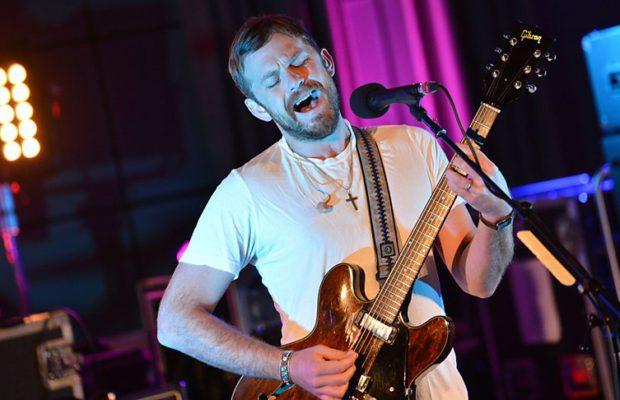 sa-music-scene-kings-of-leon-bbc-live-lounge-selena-gomez-hands-to-myself